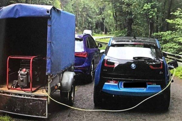 Keď elektrika dôjde, pomôže benzín