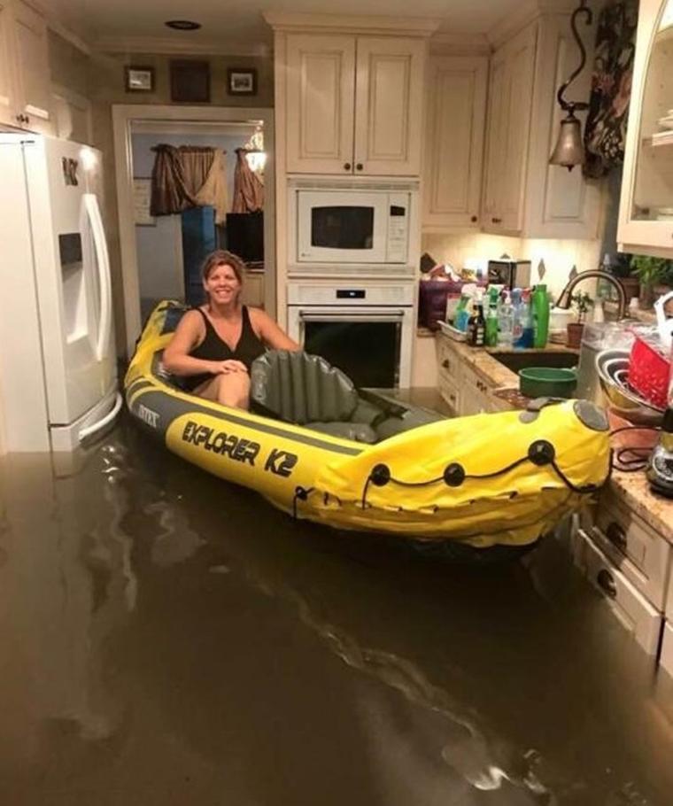 Keď ste uprostred hurikánu, ale musíte si ísť po pivo