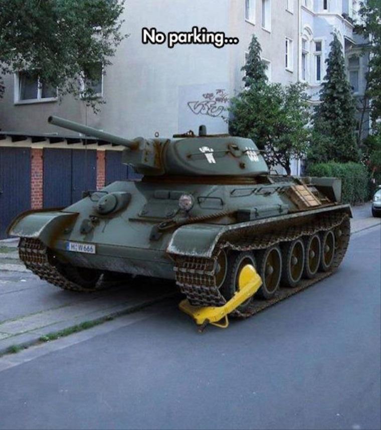 Keď v Rusku zle zaparkujete svoj tank