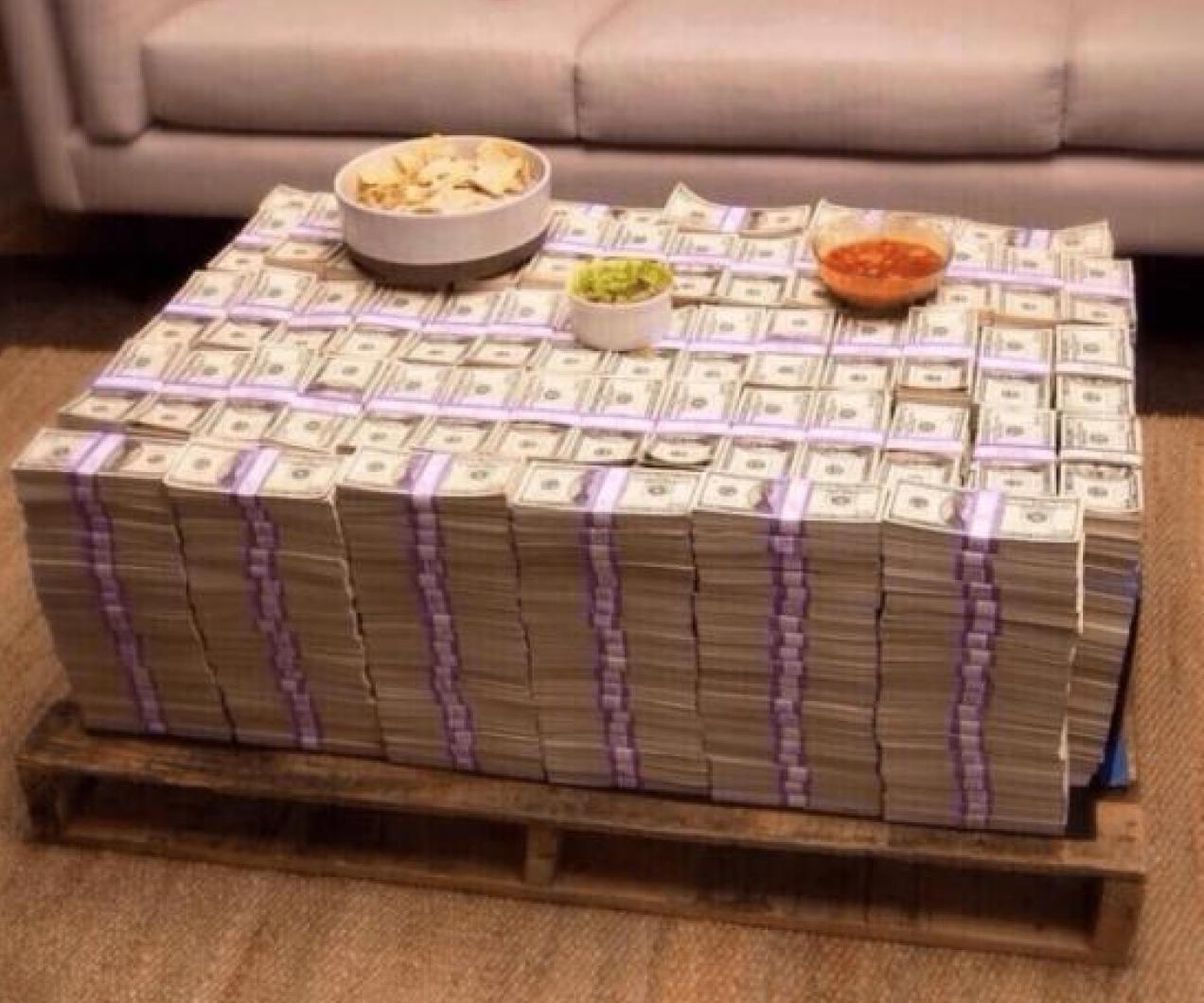 Brali by ste takýto stôl?