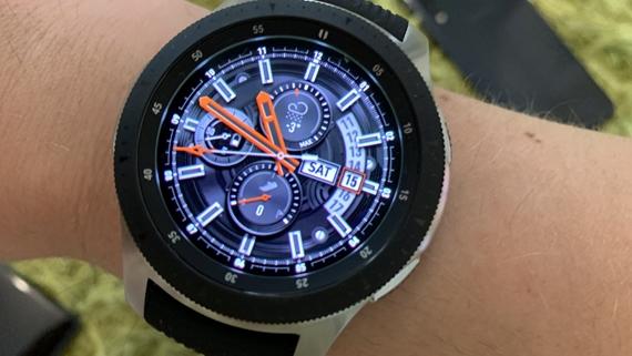 eSim podpora sa u nás rozbieha, ako prvú ju dostávajú Samsung Galaxy Watch hodinky
