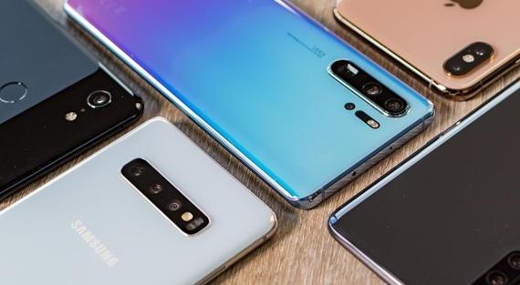 Aký mobil kúpiť za 100, 250, 300 alebo 500, prípadne 1000 eur na jar 2019?