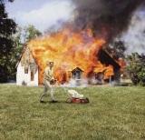 Trávnik musí byť pokosený, keď prídu hasiči