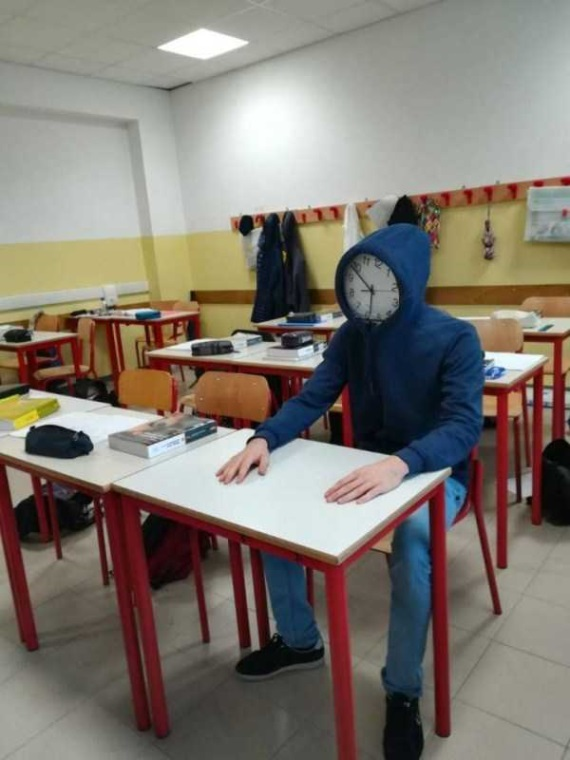 Keď čakáte na koniec hodiny