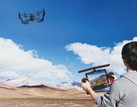 Parrot Bebop je nasledovníkom AR Drone, má aj podporu Oculus Rift