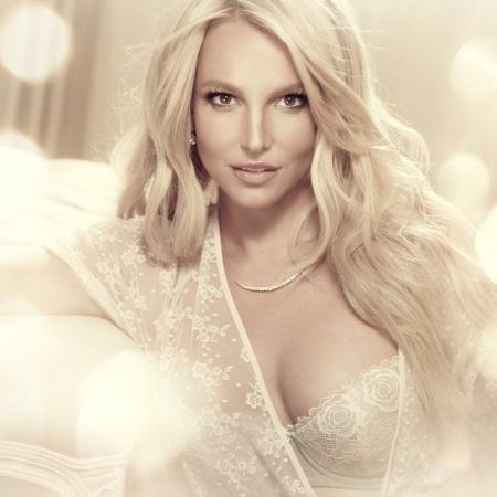 Britney predvádza svoju spodnú bielizeň
