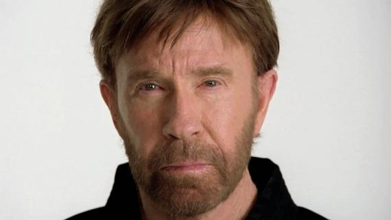 Chuck Norris má dnes narodeniny