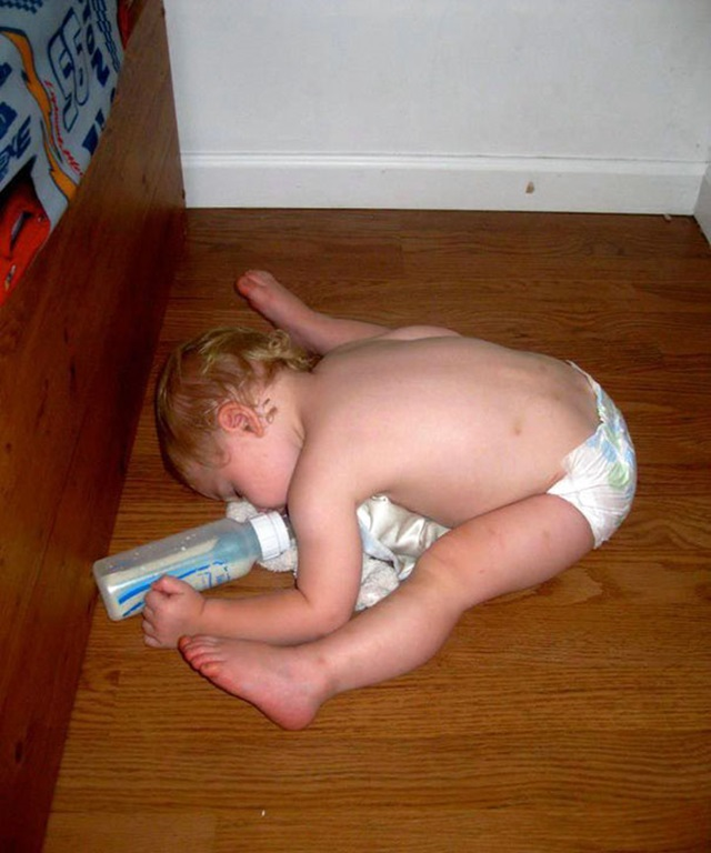 Deti zaspia hocikde