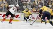 EA st�le zva�uje n�vrat s�rie NHL na PC