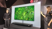 OLED TV od LG si prilepíte na stenu