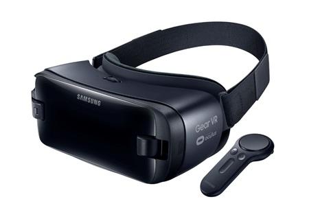 Samsung  predstavil Galaxy Book s Windowsom, Gear VR s pohybovým ovládačom