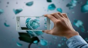 Sony na MWC predstavilo Xperia XZ Premium a projektor