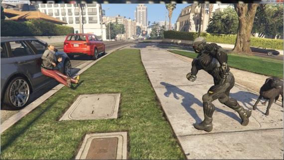 Crysis nanosuit mod pre GTA V je v príprave, autíčka na diaľkové ovládanie sú už dostupné