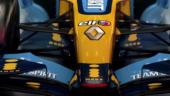 F1 2017 - 2006 Renault R26 - klasické auto