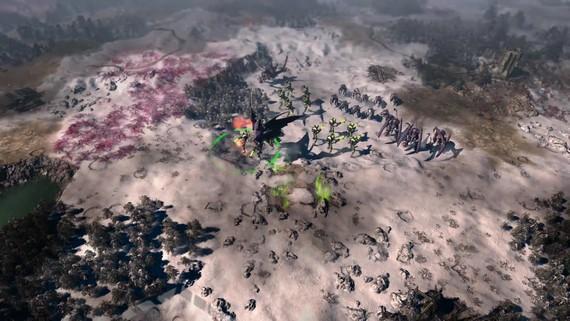Do Warhammer 40,000: Gladius prišli hordy Tyranidov
