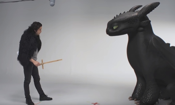 Film: Kit Harington vs Toothless