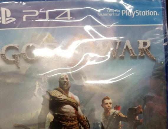 Retail kópie God of War unikli 2 týždne pred vydaním hry
