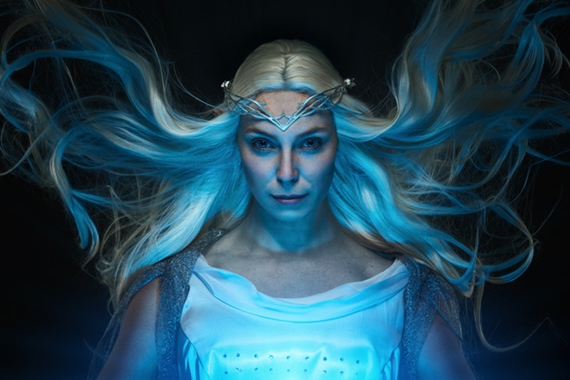 Cosplay Galadriel pôvabne prezentuje Middle-earth: Shadow of War