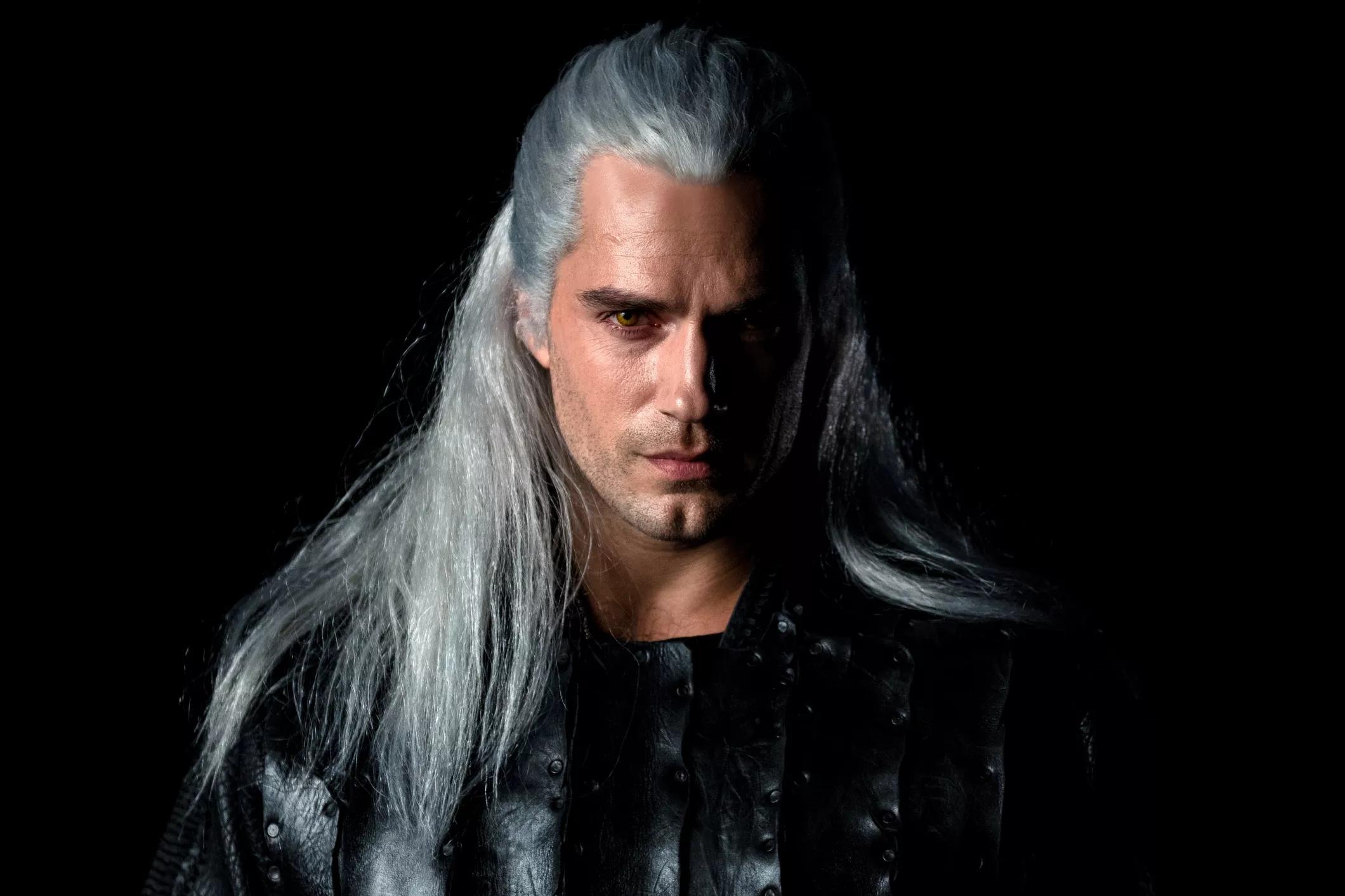 5c601ef6d Prvý pohľad na Henryho Cavilla ako Geralta | Sector