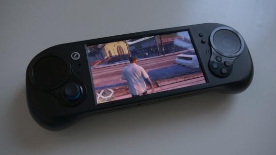PC handheld Smach Z sa dostane do výroby začiatkom budúceho roka