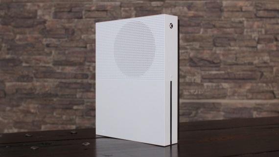 Microsoft pripravuje štyri Xbox konzoly, vydá ich v nasledujúcich dvoch rokoch