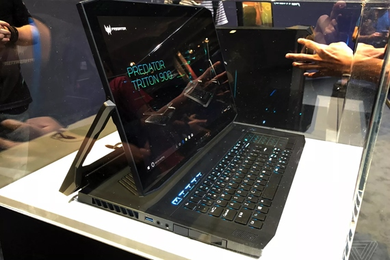 Acer Predator Triton notebook ponúka netradičné otáčanie obrazovky