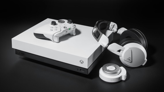 Microsoft predstavil biely Xbox One X, biely Elite controller a Turtle Beach Elite Pro 2 headset