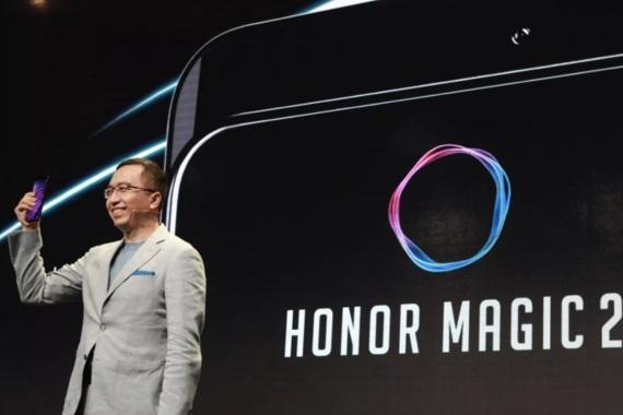 Zabudnite na výrezy, začína doba sliderov - Huawei predstavil Honor Magic 2, Xiaomi ukázalo Mix 3