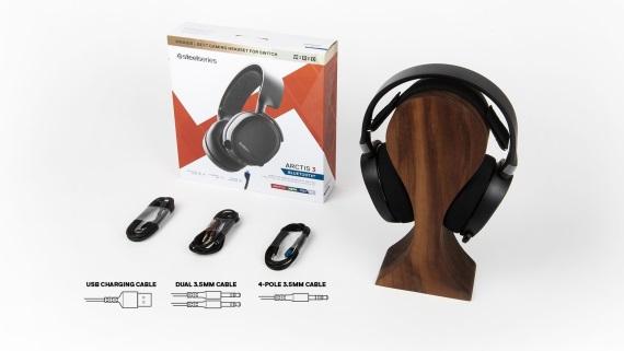SteelSeries prináša na trh nový bluetooth headset Arctis 3