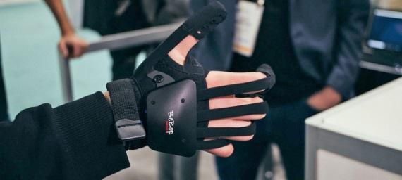 Bebop predviedol na CES výstave VR rukavice