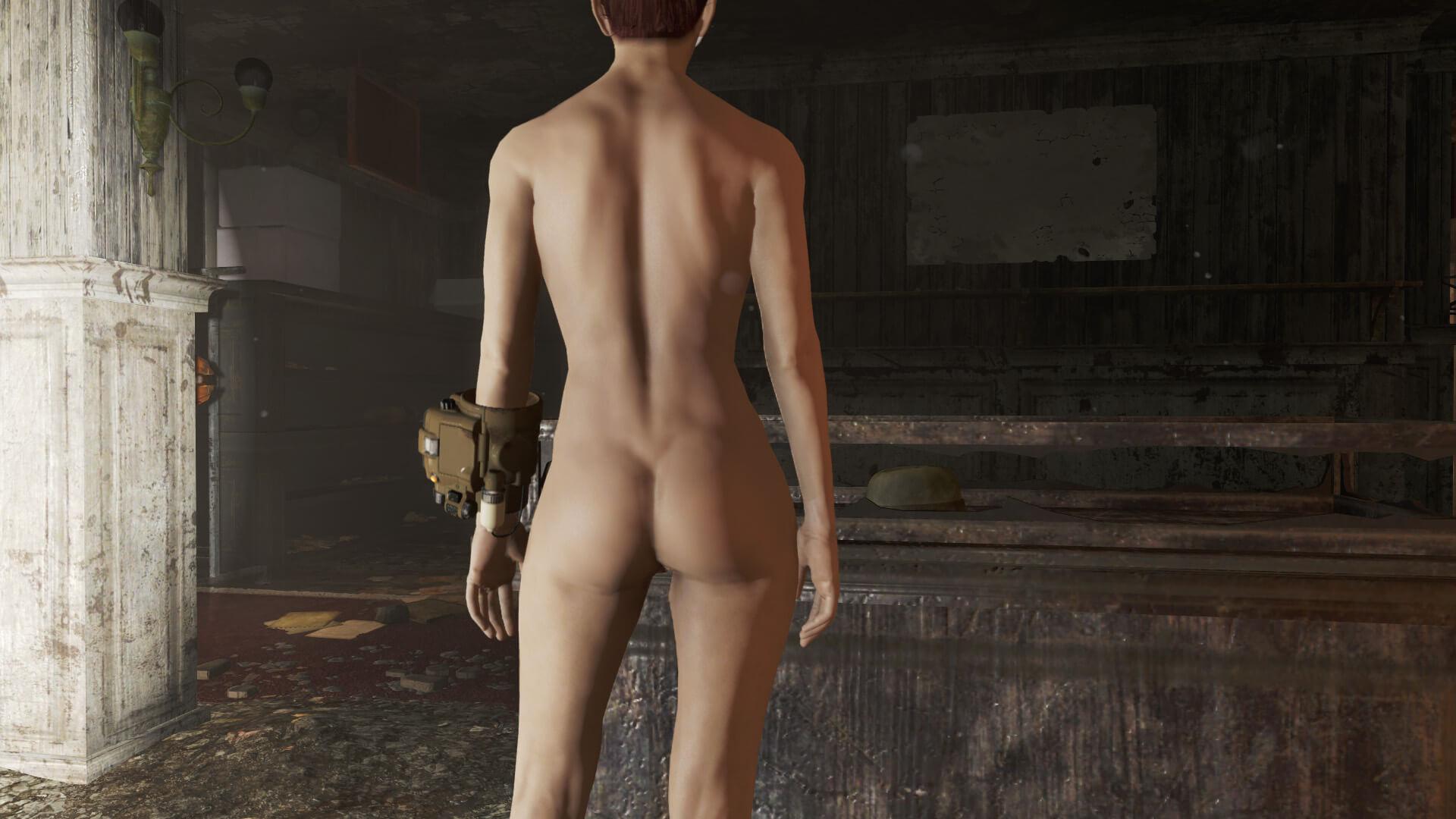 man nude fashion show