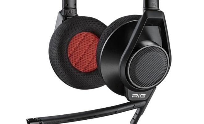 Aký je herný headset Plantronics RIG FLEX?