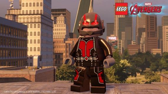 PS verzie Lego Marvel's Avengers dostali zadarmo Ant-Man balíček