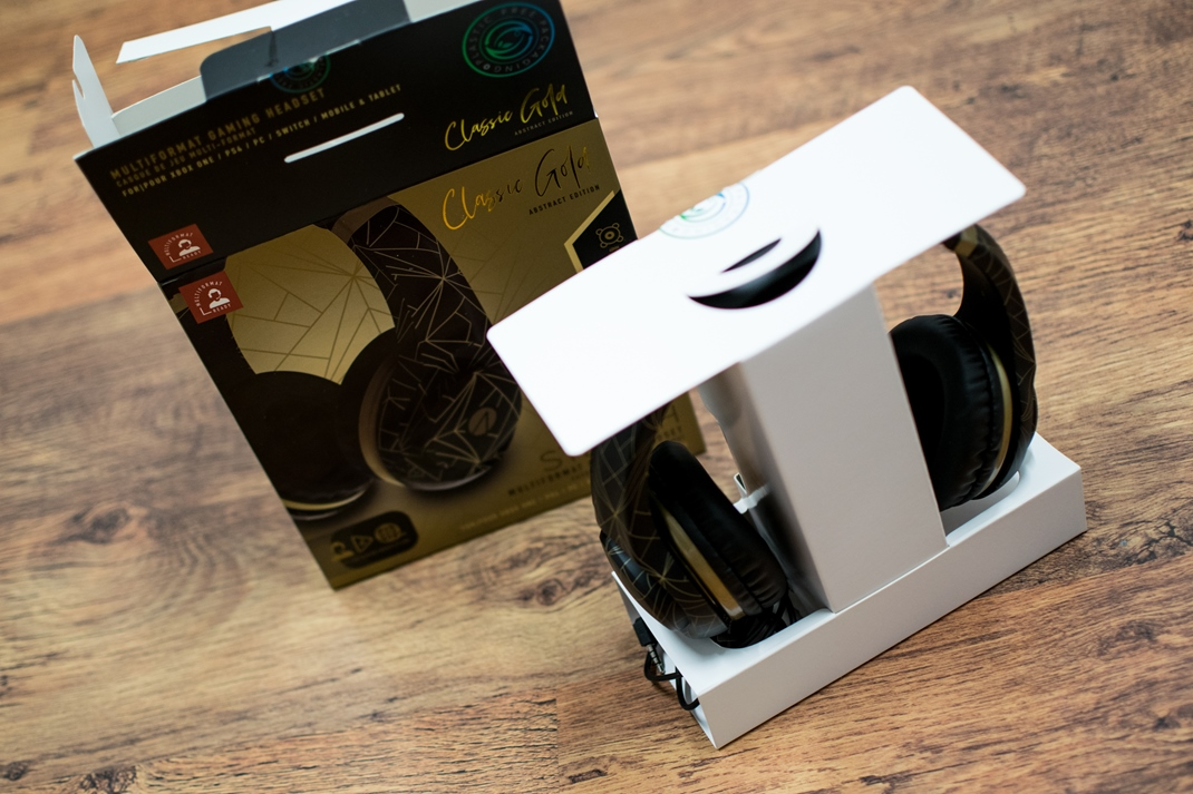 Stealth XP Classic Gold Abstract + Headset Stand
